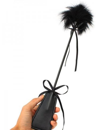 Plácačka s lechtátkem z peříček, 48 cm