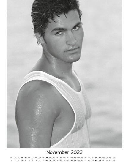 Nástěnný kalendář MEN 2022