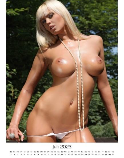 Nástěnný kalendář SEXY GIRLS 2022